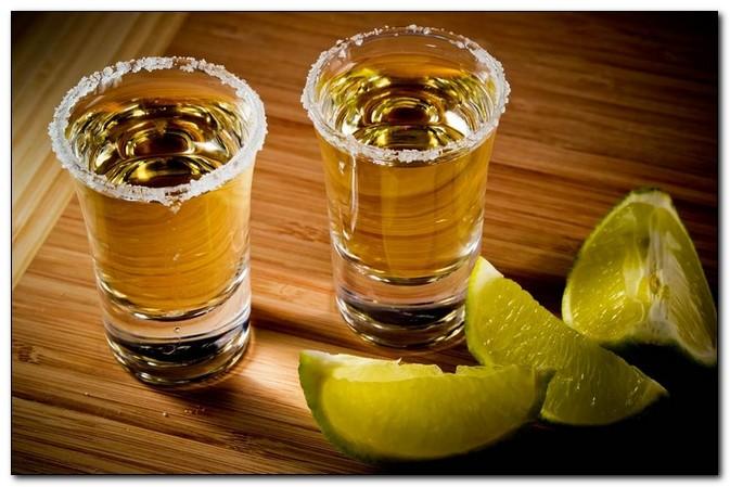Пятница: чем закусывать крепкие напитки?